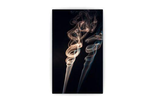 Fum in doi Front
